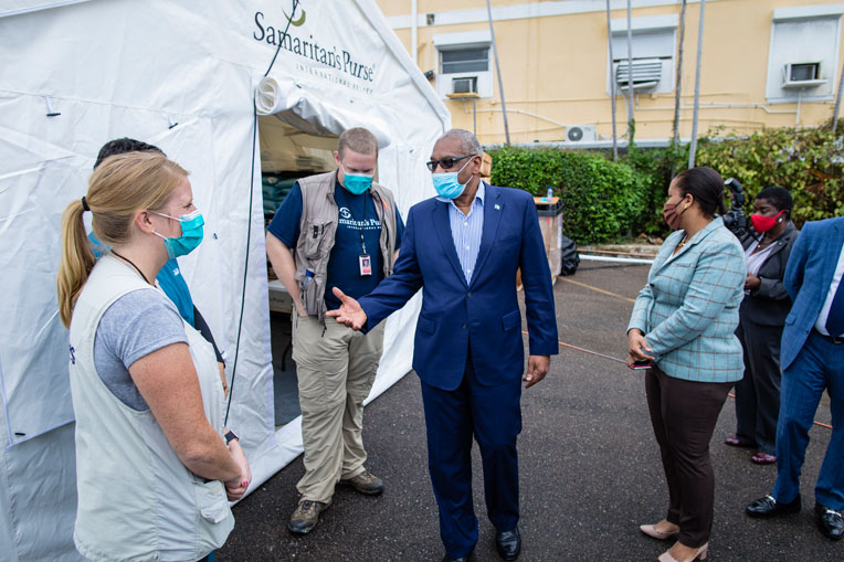 Hubert Minnis, Prime Minister of the Bahamas, tours our facility.