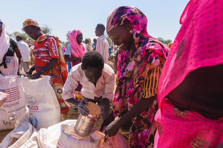 We continue to distribute food to refugees in South Sudan.